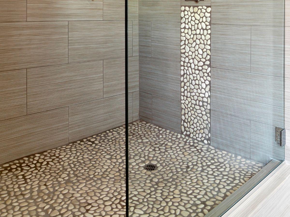 <h3>ריצוף מקלחת</h3>